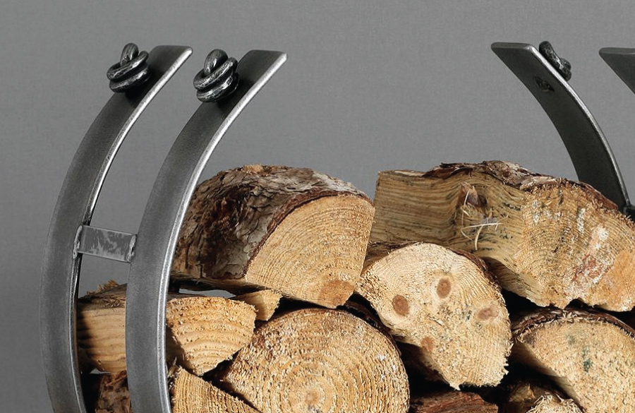 Log rings and fireside at Angela Reed